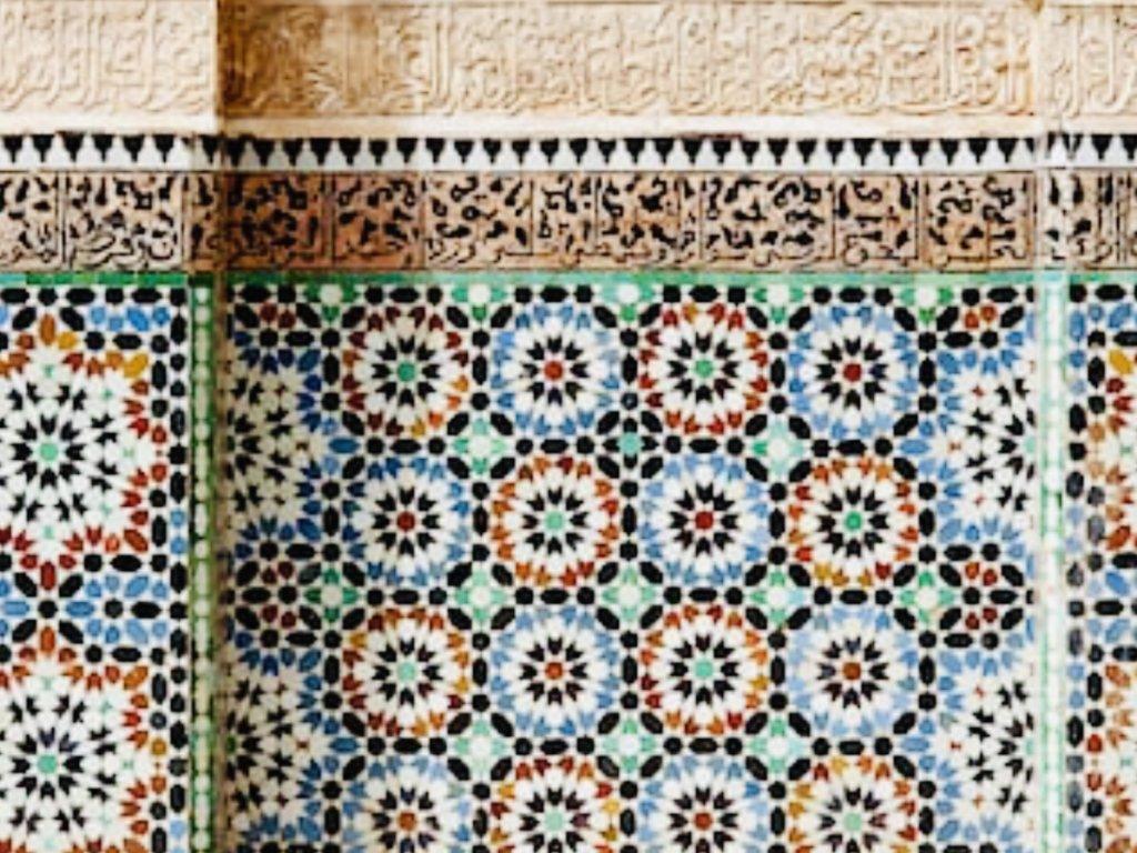 モスクのモザイクタイル