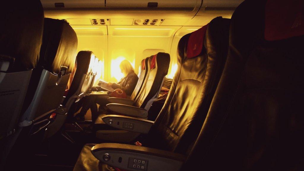 飛行機の機内の座席